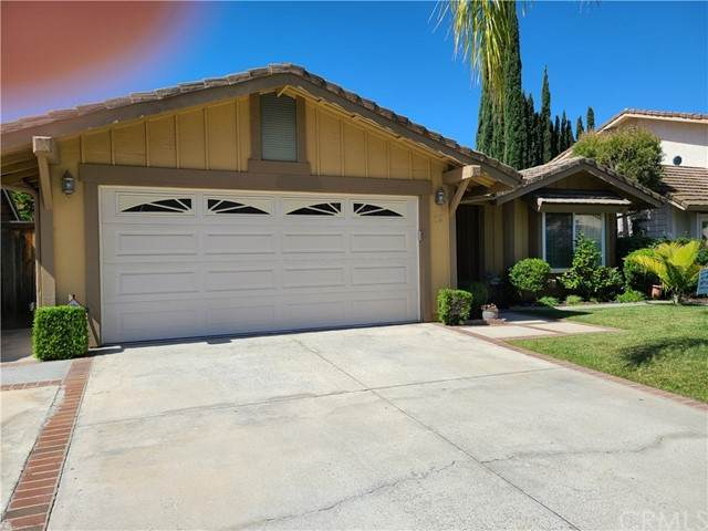 12 Via Latigo, Rancho Santa Margarita, CA 92688 (#OC21116114) :: Powerhouse Real Estate