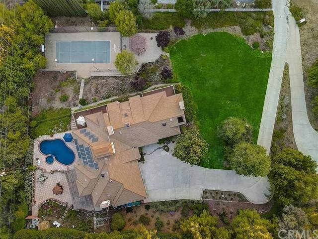 24230 Dry Canyon Cold Creek Road, Calabasas, CA 91302 (MLS #BB21114128) :: Desert Area Homes For Sale
