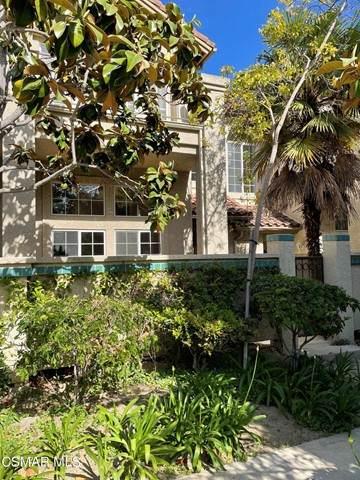 638 Warwick Avenue, Thousand Oaks, CA 91360 (#221002916) :: Wahba Group Real Estate | Keller Williams Irvine