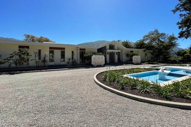 340 West Carmel Valley Road, Carmel Valley, CA 93924 (#ML81846612) :: The Marelly Group | Sentry Residential
