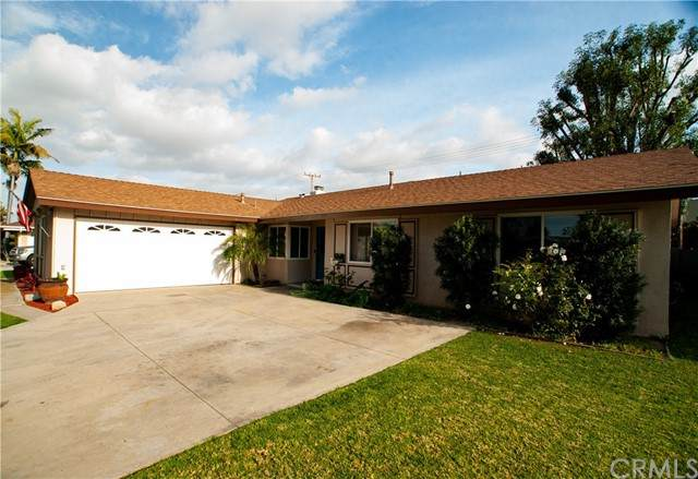 1634 W Palais Road, Anaheim, CA 92802 (#SW21080934) :: Zember Realty Group