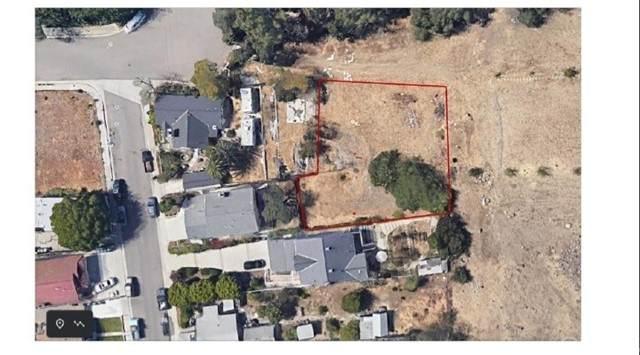 4724 E Montgomery Place, Orange, CA 92869 (#PW21115882) :: Zutila, Inc.