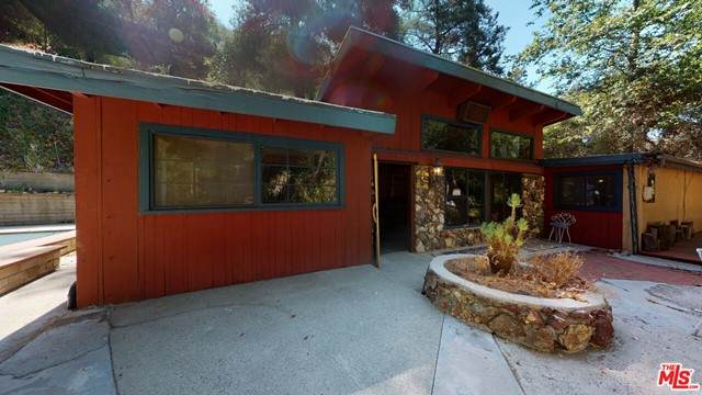 1514 Topanga Skyline Drive, Topanga, CA 90290 (#21741770) :: The Marelly Group | Sentry Residential