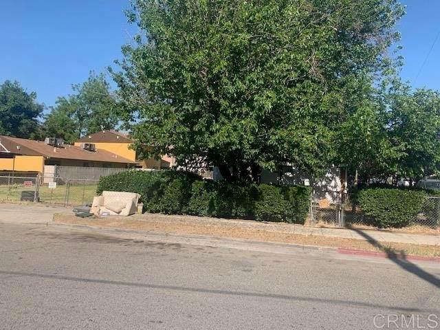 2202 N Glenn Avenue, Fresno, CA 93704 (#PTP2103755) :: Wahba Group Real Estate   Keller Williams Irvine