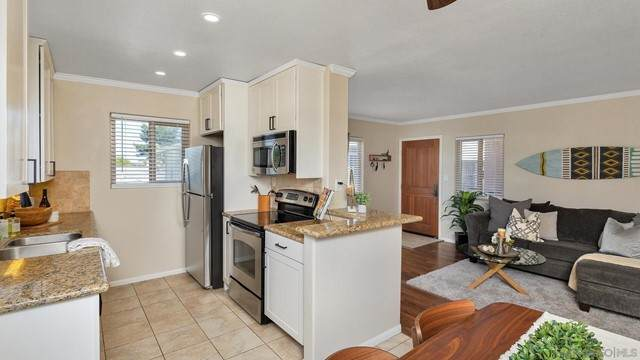 3212 Collier Ave #7, San Diego, CA 92116 (#210014883) :: Powerhouse Real Estate