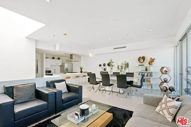 2400 Corinth Avenue #13, Los Angeles (City), CA 90064 (#21742066) :: Legacy 15 Real Estate Brokers