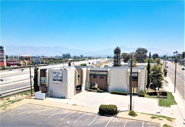 24716 E Redlands Boulevard, Loma Linda, CA 92408 (#EV21118816) :: Zember Realty Group