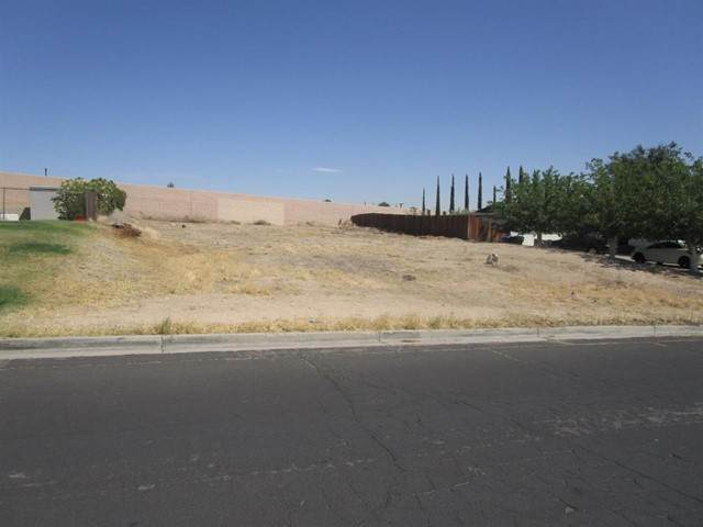 0 La Paz Drive, Victorville, CA 92395 (#535842) :: Z REALTY