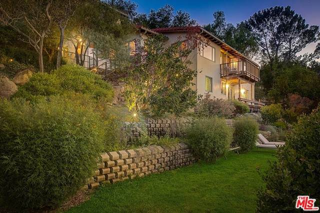 20155 Observation Drive, Topanga, CA 90290 (#21738776) :: Power Real Estate Group