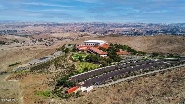 70 Presidential Drive, Simi Valley, CA 93065 (#221003002) :: The DeBonis Team