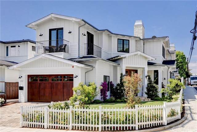 1757 8th Street, Manhattan Beach, CA 90266 (#SB21119664) :: Powerhouse Real Estate