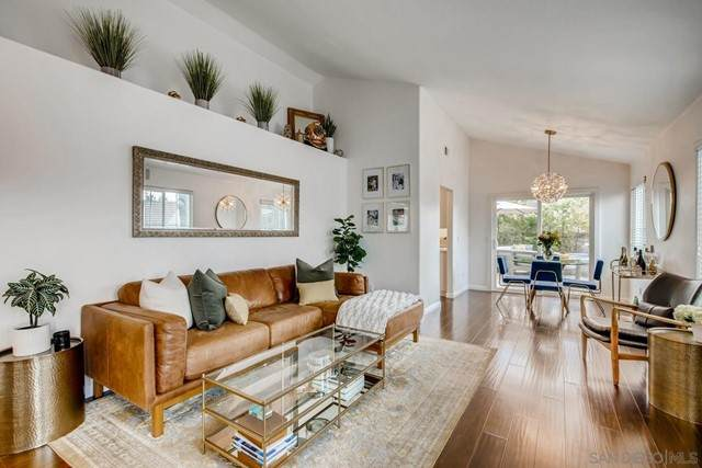 6768 Paseo Del Vista, Carlsbad, CA 92009 (#210015161) :: Berkshire Hathaway HomeServices California Properties