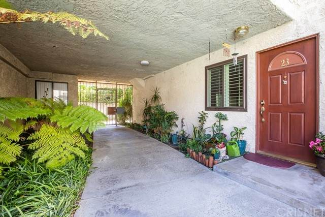 9960 Owensmouth Avenue #23, Chatsworth, CA 91311 (#SR21121012) :: The Marelly Group | Sentry Residential
