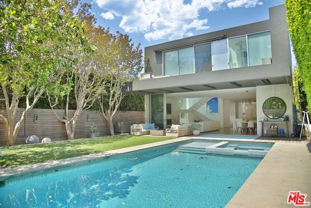 2818 Wigtown Road, Los Angeles (City), CA 90064 (#21733222) :: Zember Realty Group