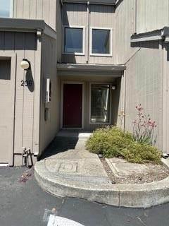 206 Flynn Avenue - Photo 1