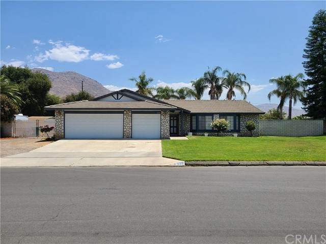 330 Whipporwill Drive - Photo 1