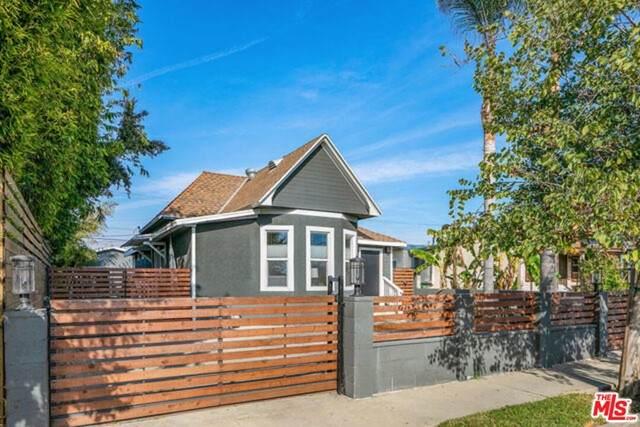 5623 Homeside Avenue - Photo 1
