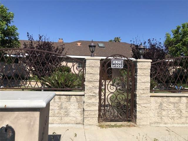 10050 Balboa Boulevard - Photo 1