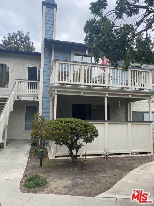2414 Pleasant Way C, Thousand Oaks, CA 91362 (#21745582) :: Berkshire Hathaway HomeServices California Properties
