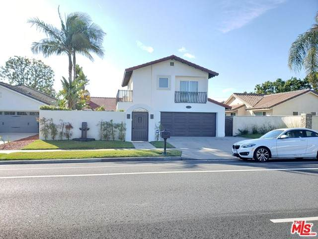 2039 Irvine Avenue - Photo 1