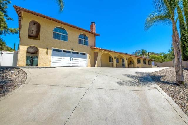16727 Republican Way, Ramona, CA 92065 (#PTP2103956) :: Berkshire Hathaway HomeServices California Properties