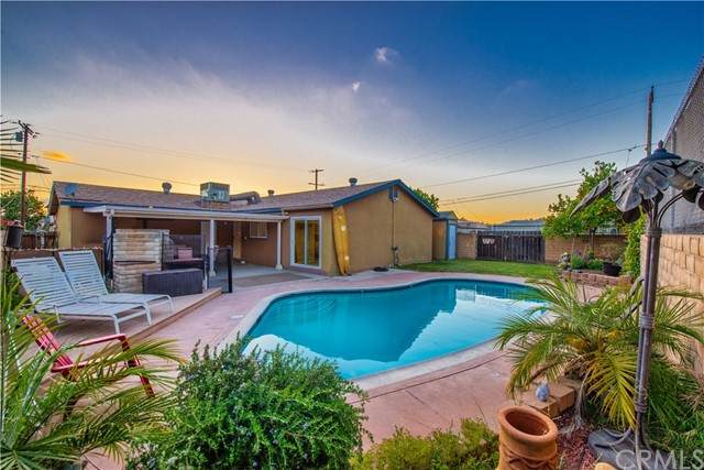2151 Lang Avenue, Spring Valley, CA 91977 (#SW21119721) :: Powerhouse Real Estate