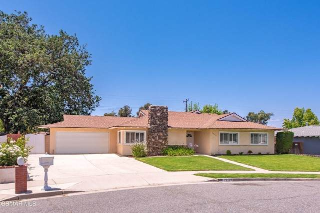 1229 Drake Drive, Simi Valley, CA 93065 (#221003087) :: Twiss Realty