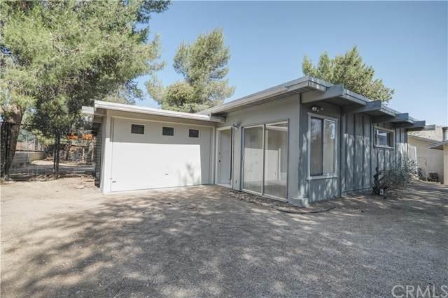7460 Borrego, Yucca Valley, CA 92284 (#JT21072268) :: Team Tami