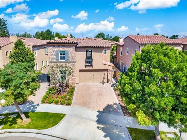 23 Sanctuary, Irvine, CA 92620 (#OC21123242) :: Berkshire Hathaway HomeServices California Properties