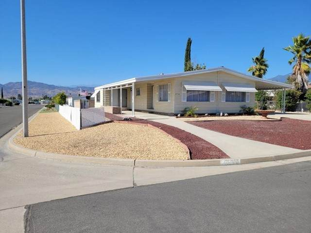 43744 Hartley Ave, Hemet, CA 92544 (#210015692) :: Wahba Group Real Estate | Keller Williams Irvine