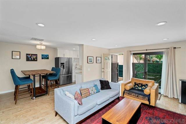2260 Worden St #11, San Diego, CA 92107 (#210015717) :: Wahba Group Real Estate   Keller Williams Irvine