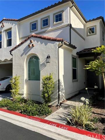 945 Vivid Lane, Costa Mesa, CA 92626 (#NP21123719) :: Wahba Group Real Estate | Keller Williams Irvine