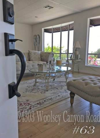 24303 Woolsey Canyon Road #63, Canoga Park, CA 91304 (#221003102) :: RE/MAX Masters