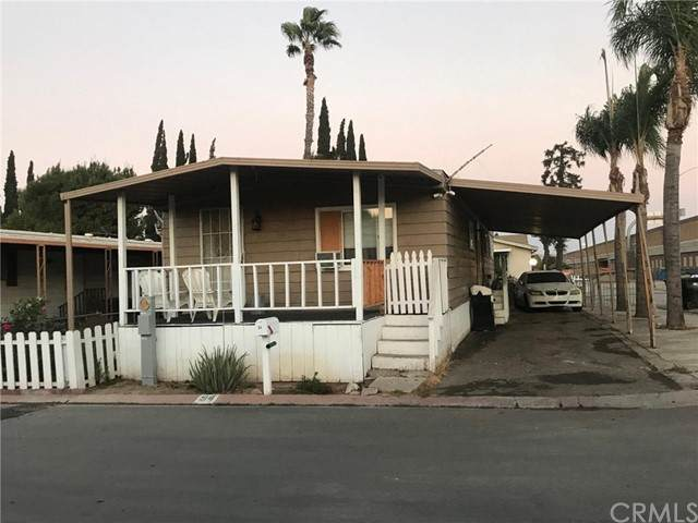 995 Pomona Road #94, Corona, CA 92882 (#DW21123965) :: The Marelly Group   Sentry Residential