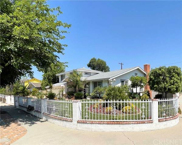 20841 Strathern Street, Winnetka, CA 91306 (#SR21123889) :: Berkshire Hathaway HomeServices California Properties