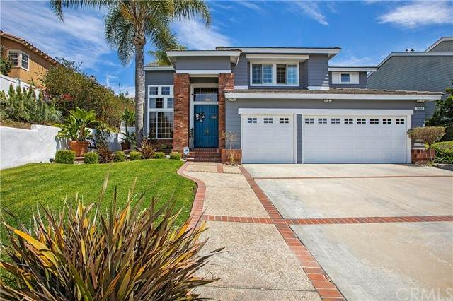 2865 Signal Pointe, Signal Hill, CA 90755 (#PW21120603) :: Berkshire Hathaway HomeServices California Properties