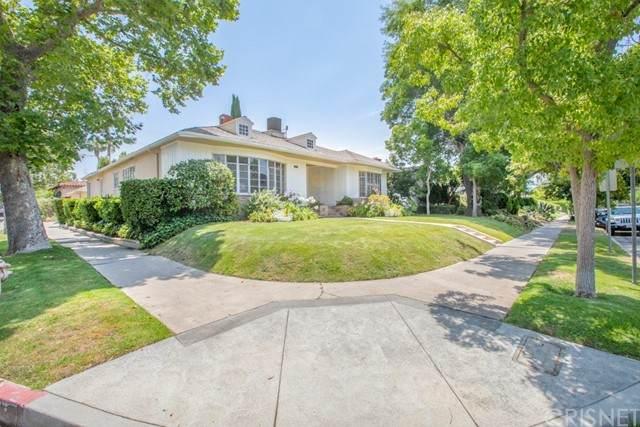 100 S Gardner Street, Los Angeles (City), CA 90036 (#SR21123829) :: Blake Cory Home Selling Team