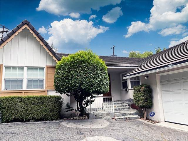 5205 Tendilla Avenue, Woodland Hills, CA 91364 (#SR21124148) :: Zember Realty Group