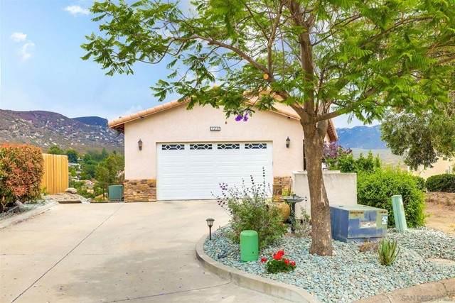 17237 St. Helena Drive, Ramona, CA 92065 (#210015799) :: Berkshire Hathaway HomeServices California Properties