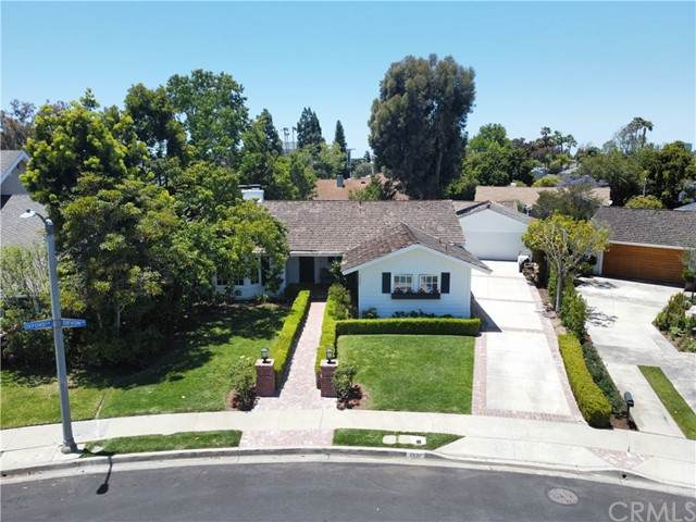 1321 Oxford Lane, Newport Beach, CA 92660 (#NP21123903) :: Cesi Pagano & Associates