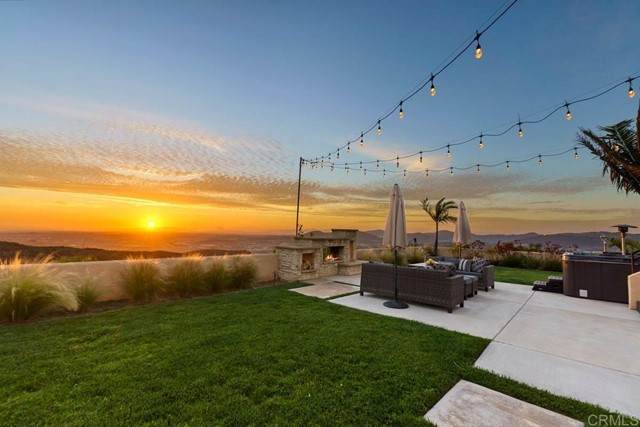 777 Phoenix, San Marcos, CA 92078 (#NDP2106606) :: Wahba Group Real Estate   Keller Williams Irvine