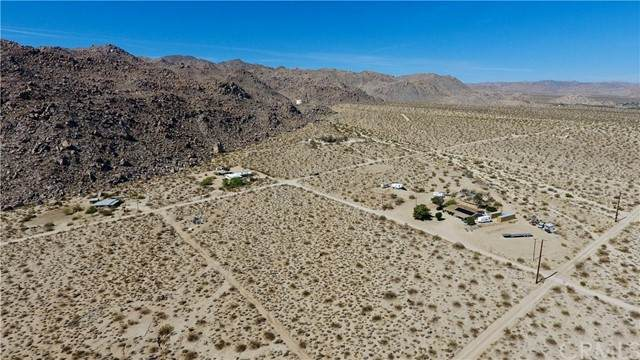 0 Que Pass Lane, 29 Palms, CA 92277 (#NP21125026) :: The Marelly Group | Sentry Residential
