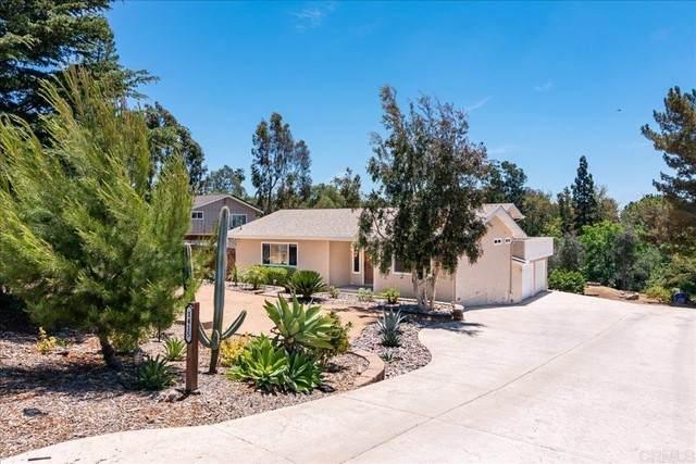 1415 Via Feliz, Fallbrook, CA 92028 (#NDP2106635) :: Wahba Group Real Estate   Keller Williams Irvine