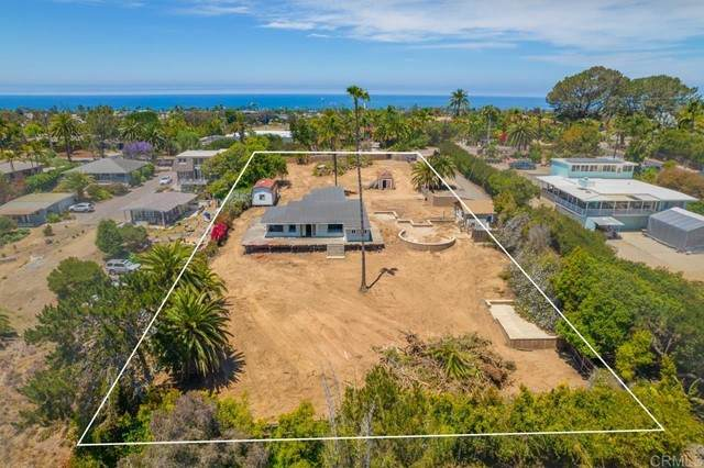 1691 Crest Dr, Encinitas, CA 92024 (#NDP2106636) :: Berkshire Hathaway HomeServices California Properties