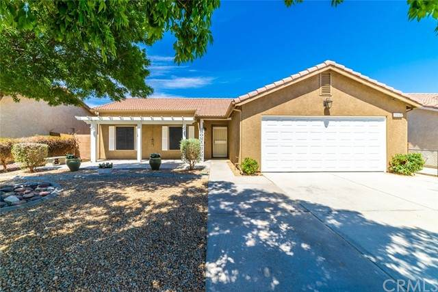 15046 Milford Avenue, Adelanto, CA 92301 (#TR21121927) :: The Marelly Group | Sentry Residential