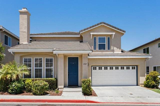 1909 Triumph Street, Vista, CA 92081 (#NDP2106648) :: Berkshire Hathaway HomeServices California Properties