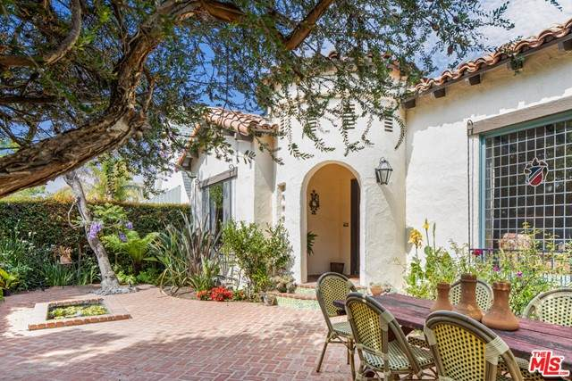 1105 Stearns Drive, Los Angeles (City), CA 90035 (#21747248) :: Legacy 15 Real Estate Brokers