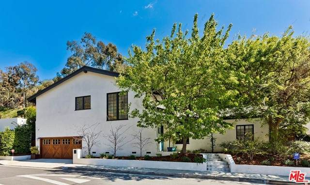 1944 N Beverly Drive, Beverly Hills, CA 90210 (#21747058) :: Twiss Realty