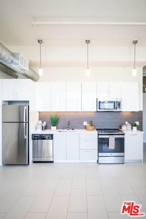939 S Broadway M05, Los Angeles (City), CA 90015 (#21747318) :: Wahba Group Real Estate | Keller Williams Irvine