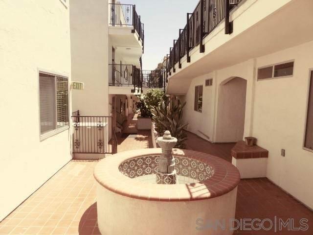 3972 Jackdaw #115, San Diego, CA 92103 (#210015964) :: Berkshire Hathaway HomeServices California Properties
